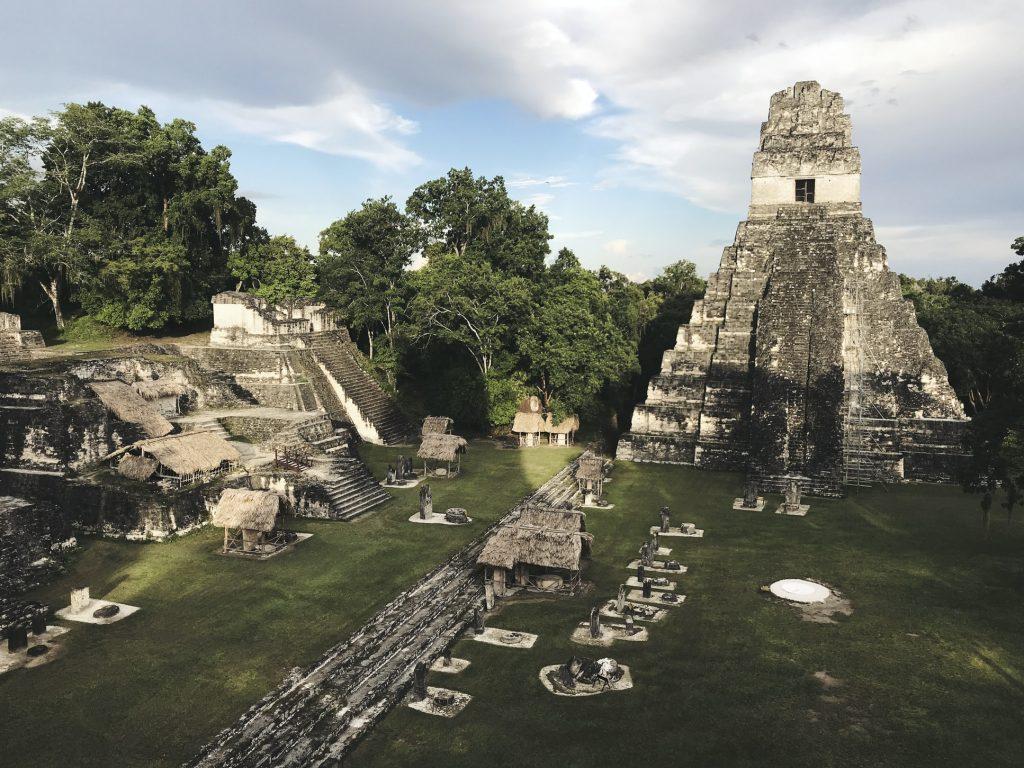 Abandono mayas Tikal